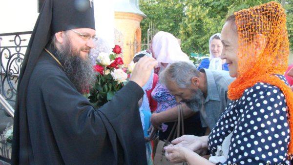 Архієпископ Климент привітав благочинного Борзнянського округу протоієрея Іоанна Олинчука з 55-річчям з дня народження (відео)