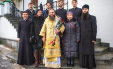 Співробітники Синодального Інформаційно-просвітницького відділу УПЦ привітали Голову відділу Високопреосвященнішого Архієпископа Климента з Днем Ангела