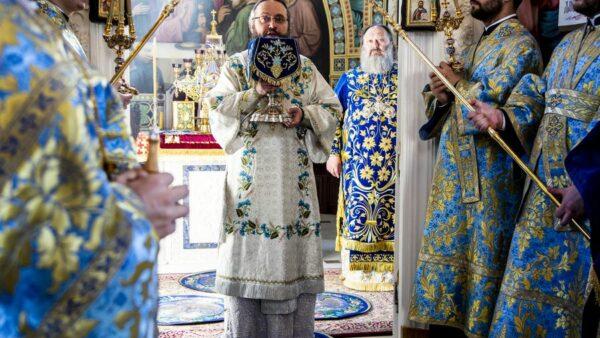 Архієпископ Климент вшанував Печерську ікону Пресвятої Богородиці