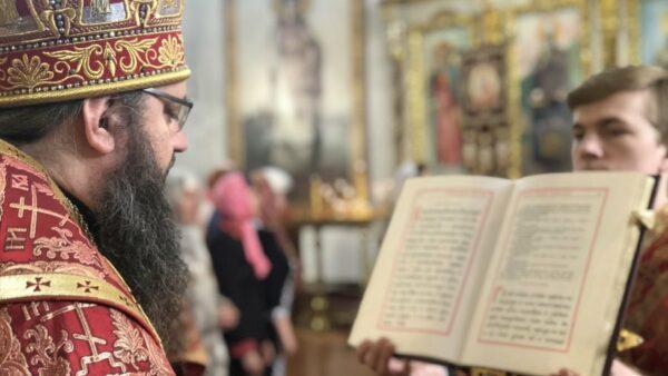 У Неділя 4-ту після Пасхи Архієпископ Климент звершив Божественну літургію в Миколаївському кафедральному соборі м. Ніжина (відео)