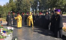 Ніжинське духовенство вшанувало пам'ять воїнів-визволителів міста