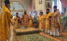 Високопреосвященніший Митрополит Климент звершив Божественну літургію в с. Берестовець