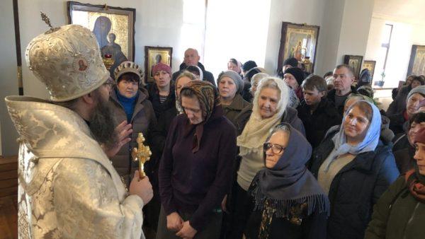 Високопреосвященніший Митрополит Климент підніс молитви за упокій душ усіх спочилих православних християн