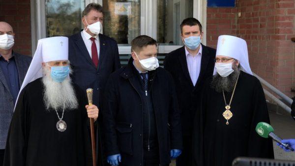 Українська Православна Церква передала Чернігівській області 2900 ПЛР-тестів