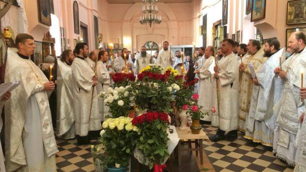 Високопреосвященніший Митрополит Климент очолив чин погребіння протоієрея Олексія Бородая (відео)