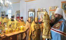 Високопреосвященніший Митрополит Климент освятив новий іконостас в Успенській церкві с.Велика Доч Борзнянського району