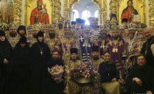 Митрополит Климент привітав Намісника Києво-Печерської Лаври з 60-річчям