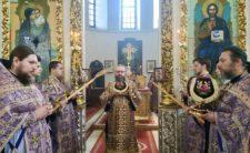У Неділю четверту Великого посту Високопреосвященніший Митрополит Климент звершив Божественну літургію в Миколаївському кафедральному соборі м. Ніжина
