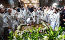 У Велику Суботу Митрополит Климент співслужив Предстоятелю УПЦ Божественну літургію в Києво-Печерській Лаврі