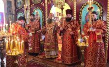 У день пам'яті великомученика Георгія Побідоносця Високопреосвященніший Митрополит Климент звершив Божественну літургію в м. Бахмач