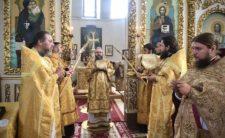 У Неділю 5-ту після П'ятидесятниці Високопреосвященніший Митрополит Климент очолив Божественну літургію в Миколаївському кафедральному соборі м. Ніжина