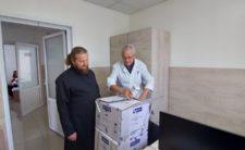Ніжинська єпархія продовжує передавати ліки від COVID-19 до медичних установ області