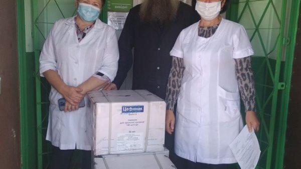 Ніжинська єпархія продовжує передавати ліки до медичних установ області