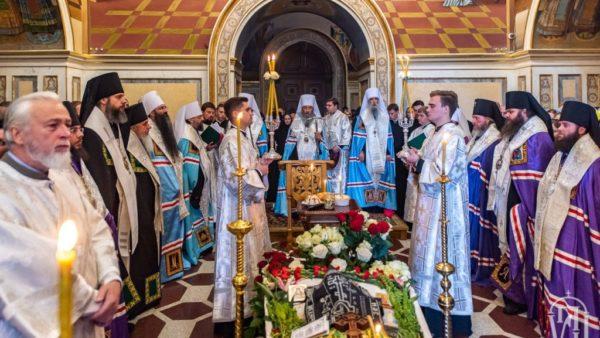 Високопреосвященніший Митрополит Климент взяв участь у відспівуванні духівника Києво-Печерської лаври архімандрита Аврамія