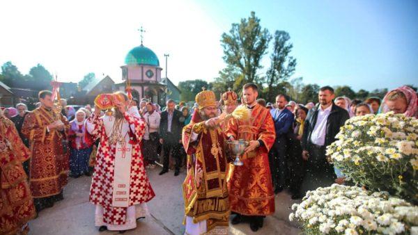 Високопреосвященніший Митрополит Климент відвідав Житомирську єпархію
