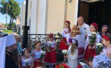 У день Віддання свята Пасхи Високопреосвященніший Митрополит Климент звершив Божественну літургію в Миколаївському храмі м. Борзни