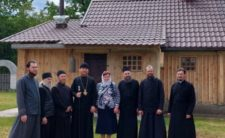 Намісник Благовіщенського чоловічого монастиря м. Ніжина звершив Божественну літургію в Предтеченському скиту обителі