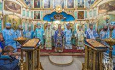 На свято Покрову Богородиці Митрополит Климент взяв участь у святковому богослужінні в Конотопі